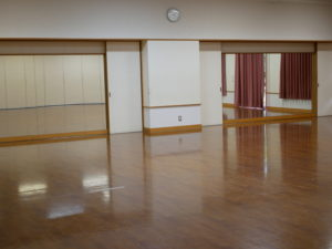 多目的ホール1(鏡あり)